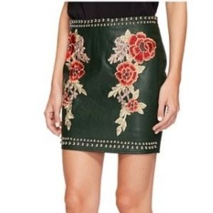 Green Faux Leather Embroidered Skirt sz S